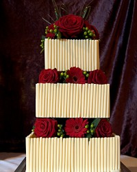 red rose white choc square cake